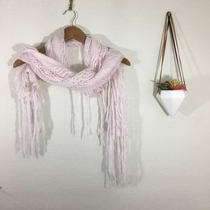 NWT American Eagle Outfitters knit fringe scarf